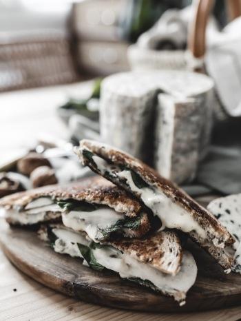 AOP-fourmedambert-recette-grilled-cheese-vegetarienne-blogcuisine-ByOpaline-Lyon-France7