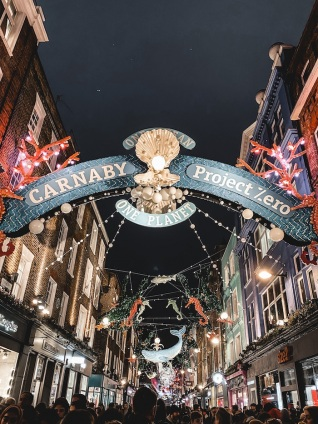 londres-fetes-noel-nouvel-an-illuminations-carnaby-street