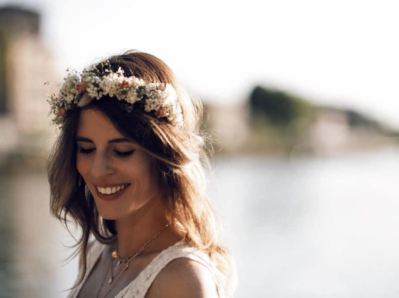 couronne de fleurs robe dentelle portrait