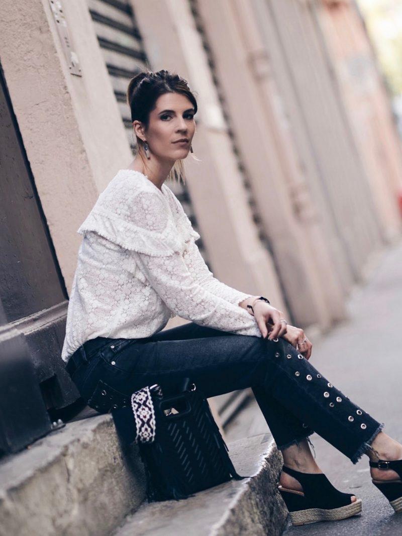 Look jean oeillets Zara blouse Ninon Sézane sac M Maje