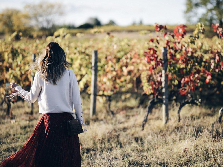 01b607fa7dab08 Jupe longue et pull à lacets en automne - By Opaline