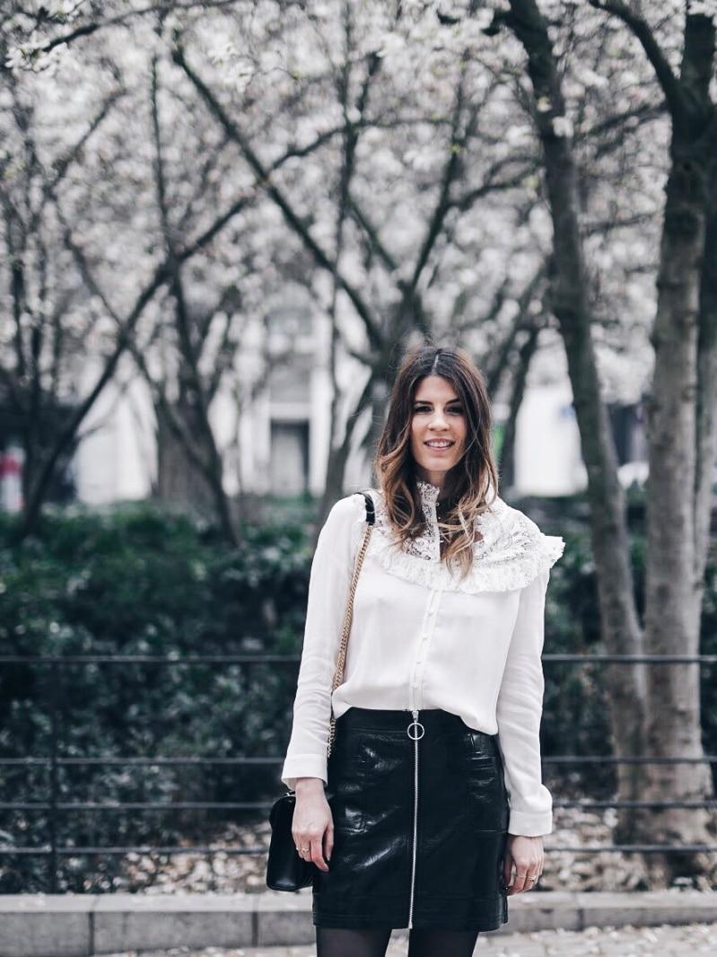 Look jupe vinyle bottines léopard chemise Maje sac Saint Laurent haut