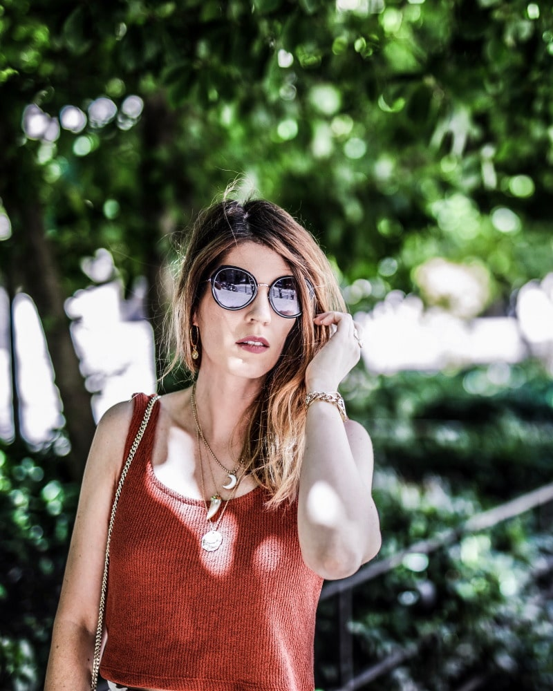Crop top brique short Orta Lisa Germaneau converses plateforme blog By Opaline
