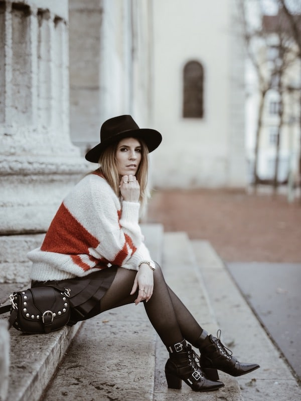 Look hiver gros gilet doudou American Vintage jupe à volants bottines Ego like Chloé et chapeau Lack of Color blog By Opaline