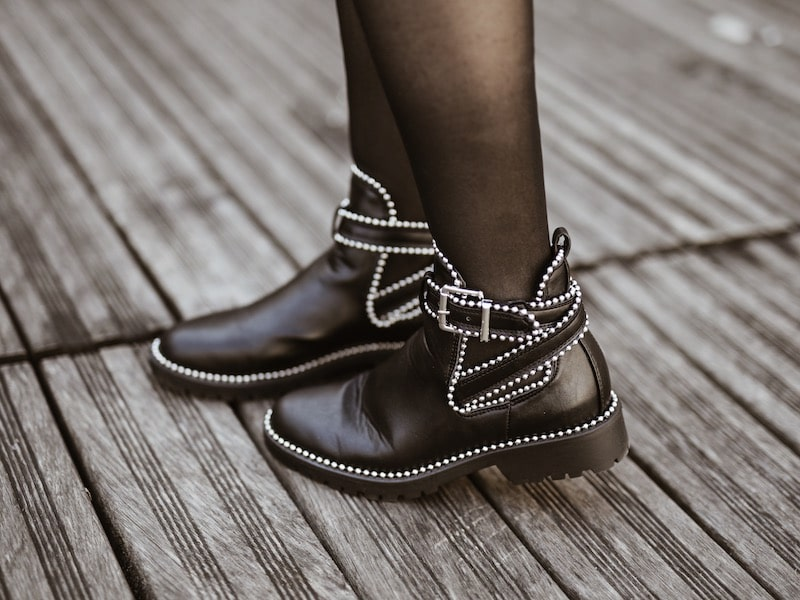 Bottines cloutées Boohoo blog mode By opaline