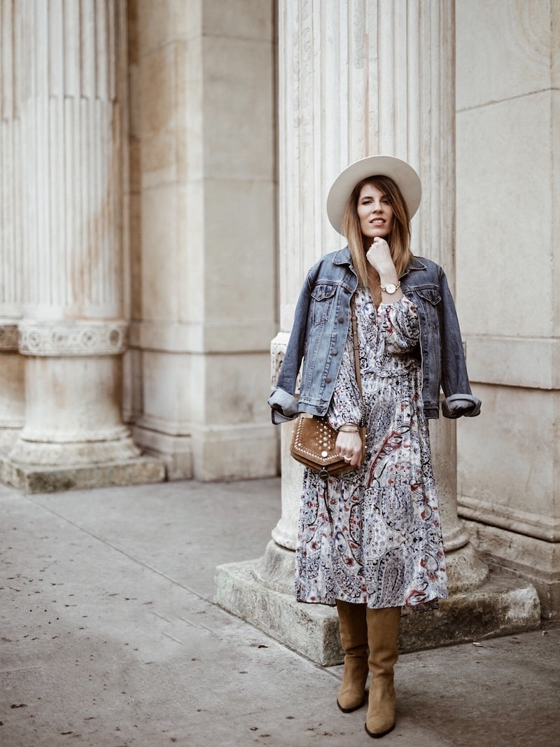 Look femme printemps 2019 robe bohème Zara sac Jimmy Choo santiags en daim blog mode By Opaline Lyon France