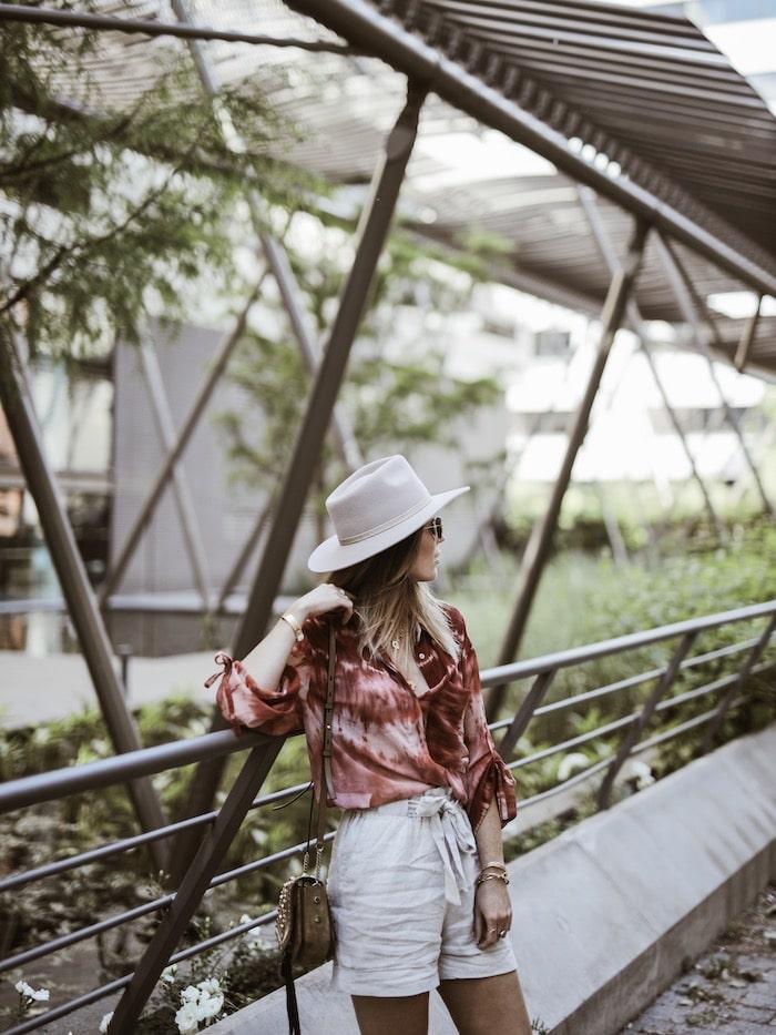 Look femme printemps été 2019 short lin blog mode Lyon France By Opaline