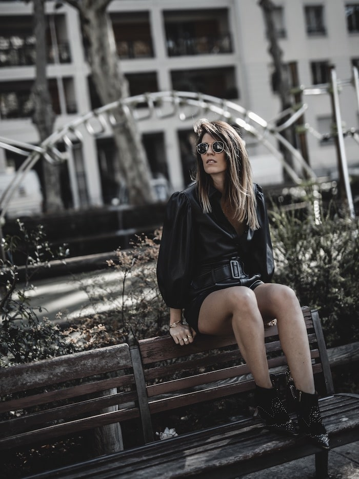Look femme automne inspiration tenue tendance 2019 chemise simili cuir total look blog mode Lyon France By Opaline